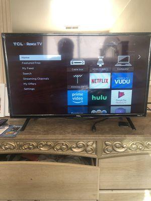 32 inch Roku Tv. for Sale in Riverdale, GA