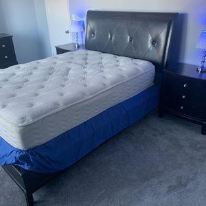 Cherry Wood Bedroom Set for Sale in Waterbury, CT