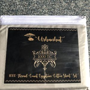 Urbanhut Bed Sheets ( King ) for Sale in Columbus, OH