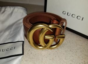 Gucci Brown Double G Buckle Leather Belt Authentic for Sale in Queens, NY