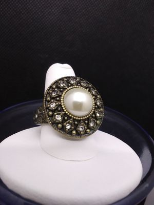 Fashion Ring Size 8 for Sale in Grove City, OH