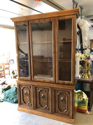 Hutch, China Cabinet, Display Case for Sale in Las Vegas, NV