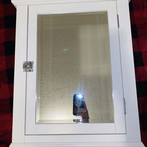 Mirror for Sale in New Carrollton, MD