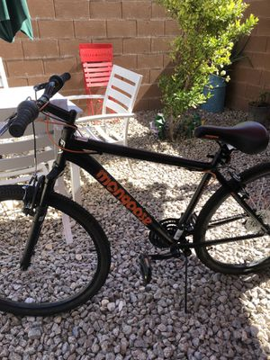 Mongoose shimano mountain bike 21 speed helmet not includes for Sale in Las Vegas, NV