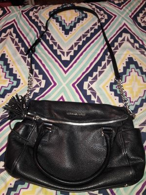 Michael kors cross body purse for Sale in Bloomington, CA