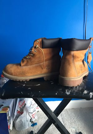 Wheat Timberlands( sz 7) for Sale in Durham, NC