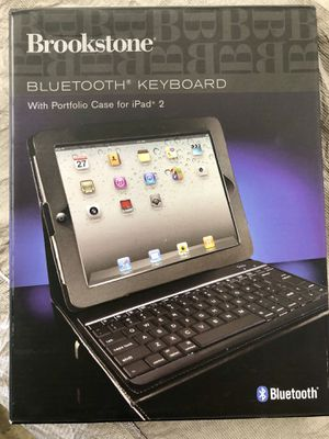 Brookstone Bluetooth Keyboard for for IPad 2 for Sale in Walnut, CA