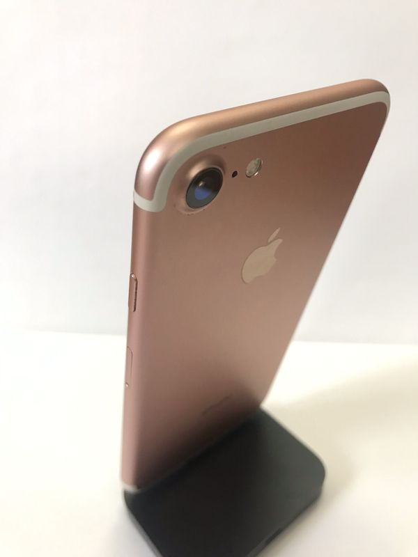 iPhone 7 32gb Rose Gold (Factory Unlocked) Excellent Condition