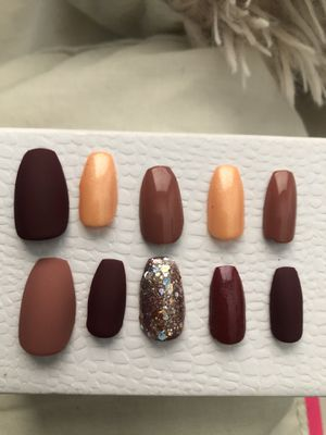 """Short """"Fall Theme"""" Press On Nails for Sale in Azusa, CA"""