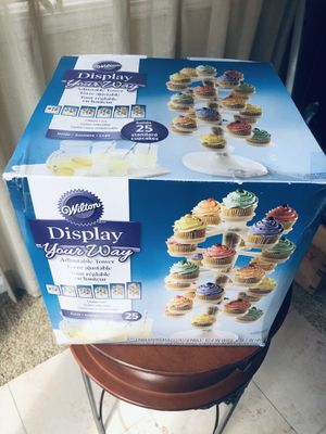 Wilton Display Adjustable Cupcake Tower - BRAND NEW for Sale in Dearborn, MI