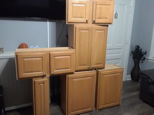 Kitchen cabinets for Sale in Oak Park, IL