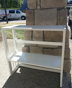 White shoerack/ bookcase for Sale in Maple Valley, WA