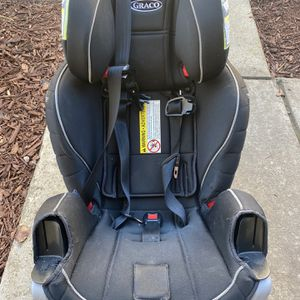 Graco Extend2Fit 3 in 1 Car Seat 150$ or OBO for Sale in Fremont, CA