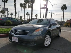 2009 Nissan Altima clean title for Sale in Long Beach, CA