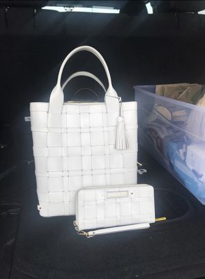 Michael Kors Purse and Wallet for Sale in Nashville, TN