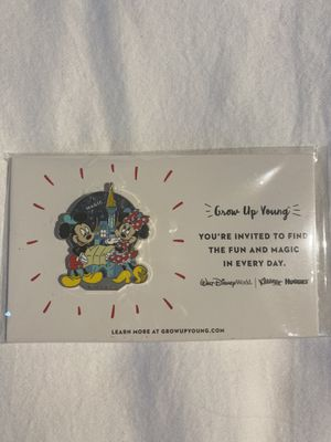 Disney Mickey pin new for Sale in Hialeah, FL