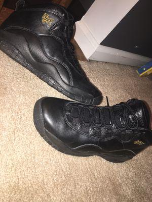 Jordan's retro's size 5 1/2 in boy's for Sale in Manassas, VA