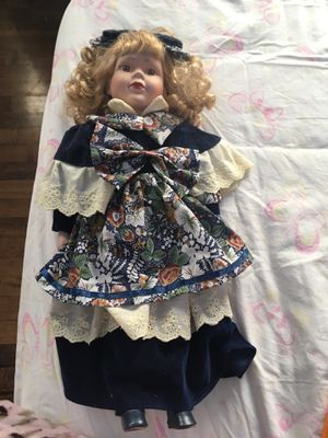Beautiful Antique Big China Doll for Sale in Chicago, IL