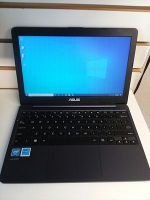 ASUS NOTEBOOK E203M for Sale in Tampa, FL