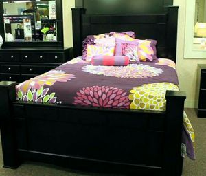 King size black bed frame for Sale in Columbia, PA