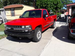 Chevy silverado 1500 4×4 for Sale in Tampa, FL