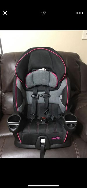 Toddler seat Evenflo Maestro Harness Booster seat for Sale in Pembroke Pines, FL