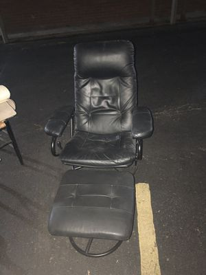 Recliner Chair for Sale in Berkley, MI