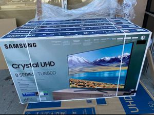 "65"" Samsung Smart 4K UHD Led HDR tv 2160p Crystal clear Premium 8 series for Sale in Temecula, CA"