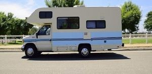 Very Strong 1994 Fleetwood Jamboree 4WDWheelsss for Sale in Philadelphia, PA