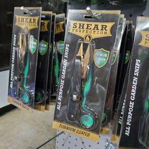 Shear Perfection All Purpose Garden Snips for Sale in San Bernardino, CA