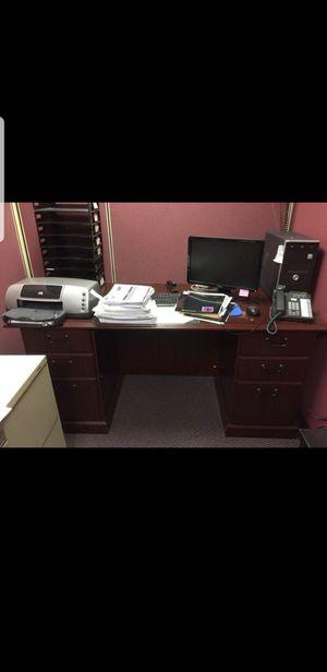 Office furniture for Sale in Wauconda, IL