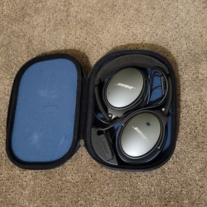 Bose Quiet Comfort Headphones for Sale in Denver, CO