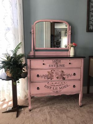 Antique dresser for Sale in Groveport, OH