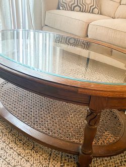 Vintage Oval Coffee Table W/ Glass Top And Cane Bottom for Sale in City of Industry,  CA