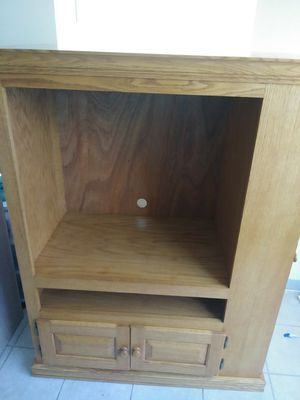 Maple wooden TV stand for Sale in Lake Wales, FL