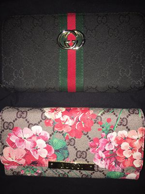 Gucci wallets for Sale in New Port Richey, FL