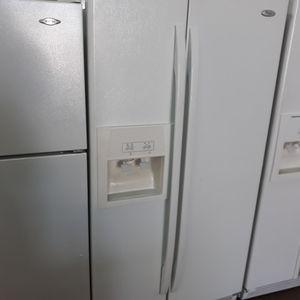 Refrigerador Whirlpool for Sale in Miami Springs, FL