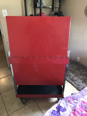 Mac tool three draw roll around box's for Sale in Brownsville, TX