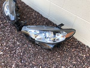 2014 - 2017 Mazda 6 Mazda6 OEM headlight, Driver Side, headlamp, front light, car parts, auto parts for Sale in Glendale, AZ