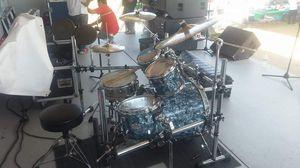 Para venta for sale pearl drum set inclide rack for Sale in Nashville, TN