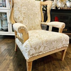 Deconstructed Wingback for Sale in Snohomish,  WA