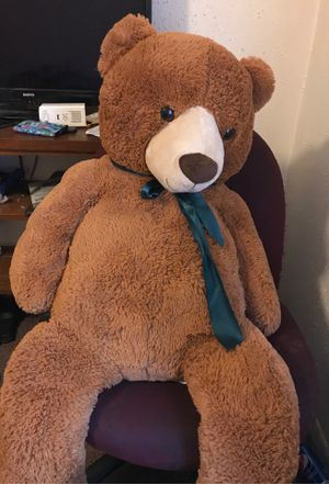 Giant stuffed teddy for Sale in Columbus, OH