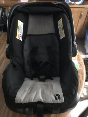 Infant car seat for Sale in Kalamazoo, MI