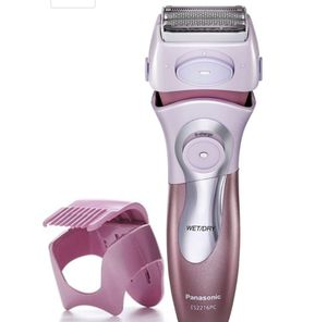 Panasonic - Wet/Dry Electric Shaver for Sale in Jersey City, NJ