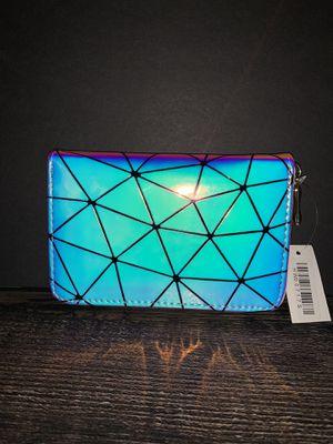 Fashion Women Hologram Wallet Silver for Sale in Los Angeles, CA