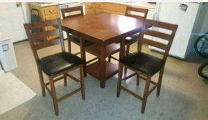 Kitchen Table and chairs for Sale in Wartrace, TN