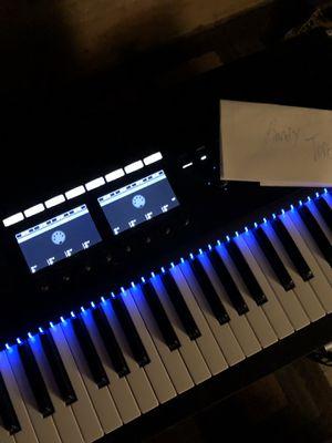 KOMPLETE KONTROL s49 keyboard for Sale in North Providence, RI