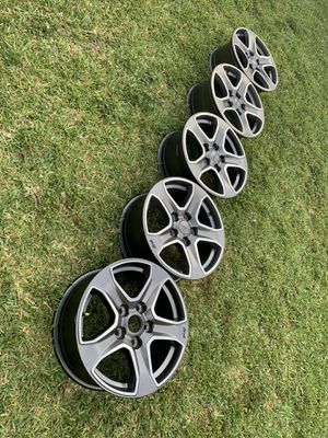 "Set of 5 Jeep Wrangler 17"" wheels, rims new condition tires not included. for Sale in Miami, FL"