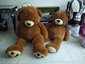 2 giant teddy bears for Sale in Miami, FL
