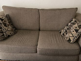 Couch With Pull Out Mattress for Sale in Phoenix,  AZ
